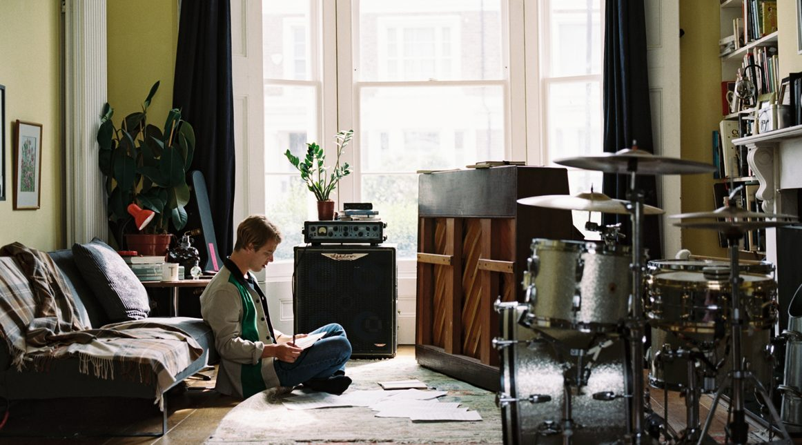 Interview: Tom Odell – The Songwriter Finding Home Again