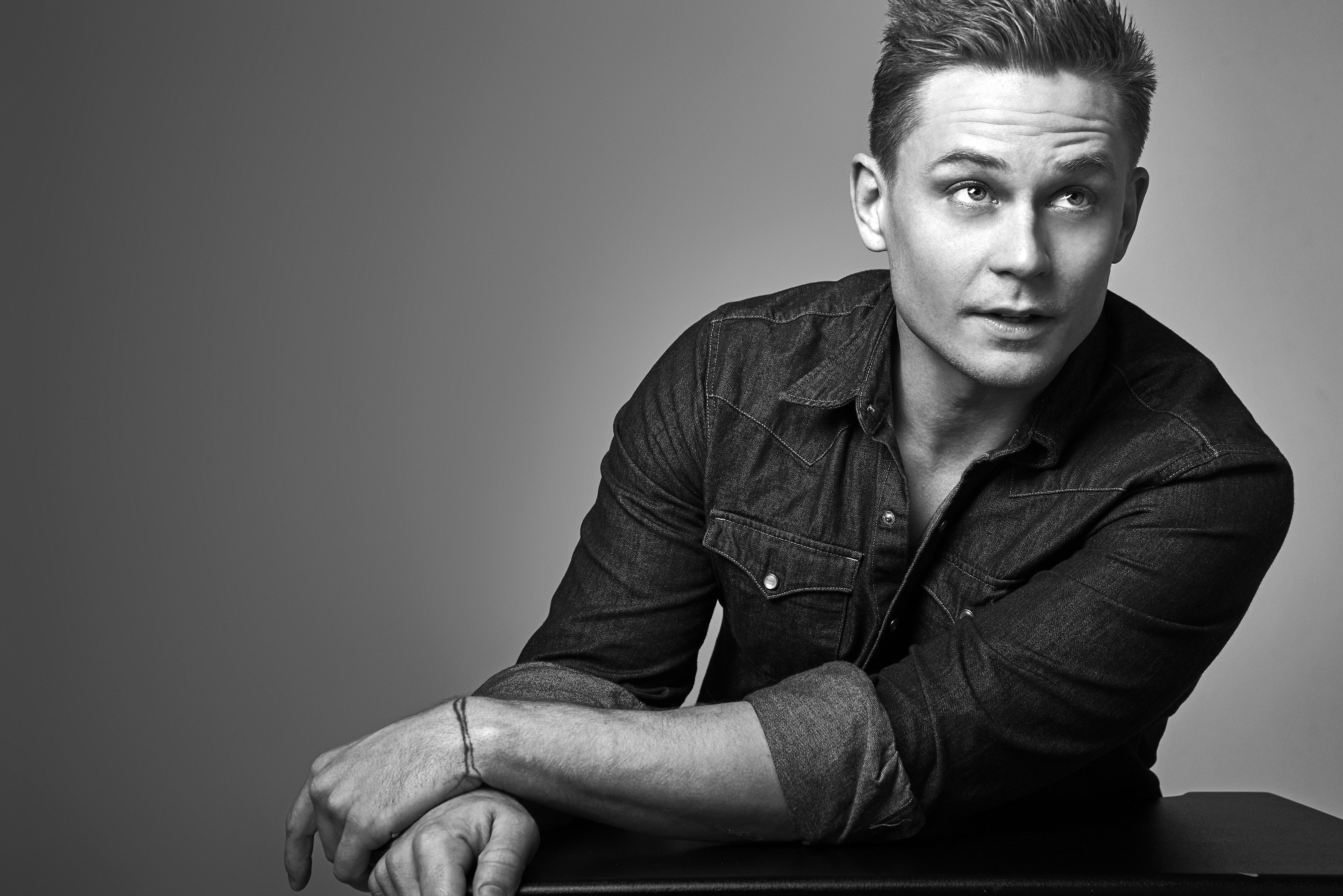 Interview: The Magnetism of Billy Magnussen